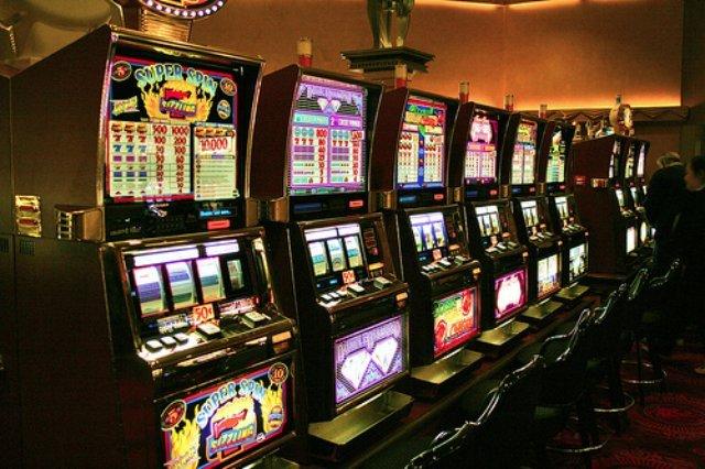 Онлайн казино Пин Ап - современный игровой клуб с начислением пинкоинов