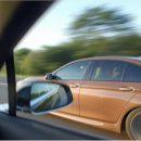 Видео: Неожиданный конец гонки Tesla Model S и BMW M5
