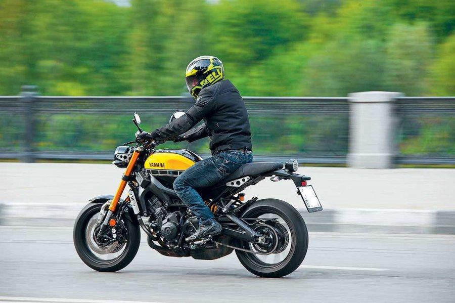 Обзор мотоцикла Yamaha XSR900