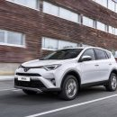 Toyota изменила комплектации RAV4 и вернула дизель