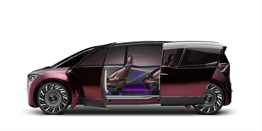 Toyota показала водородный минивэн