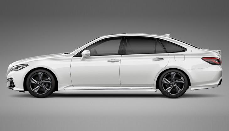 Новый седан Toyota Crown: первые фото