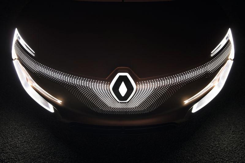 Загадочный кроссовер Renault начнут продавать в России