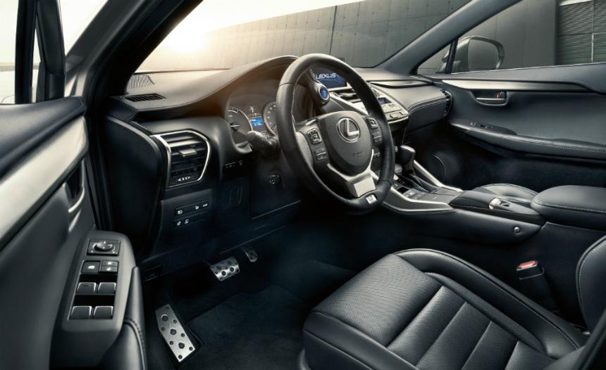 Обновленный кроссовер Lexus NX поступил в продажу