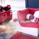 Видео: Как из Ferrari сделать будильник для лучшего друга