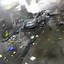 Видео: Жуткий взрыв газового Volkswagen на заправке