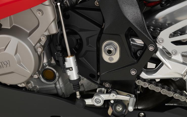 Квик-шифтер на мотоцикле