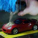 Видео: Nissan рассказал, для чего на самом деле создал эту микро-автомойку