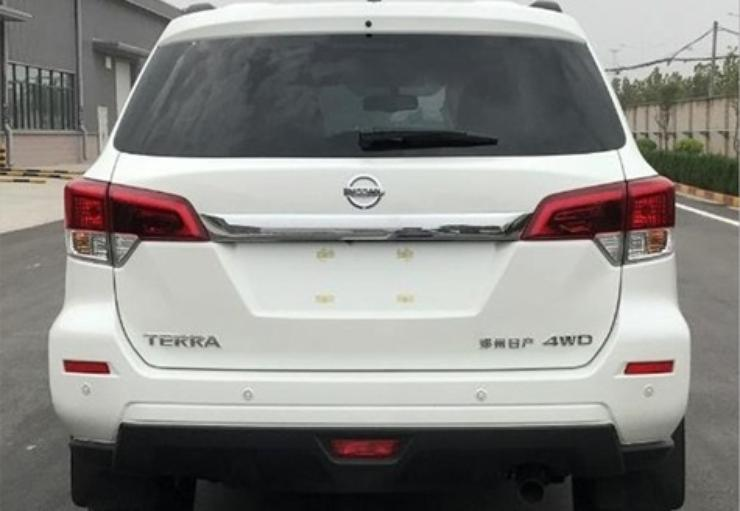 Новый рамный внедорожник Nissan: первые фото